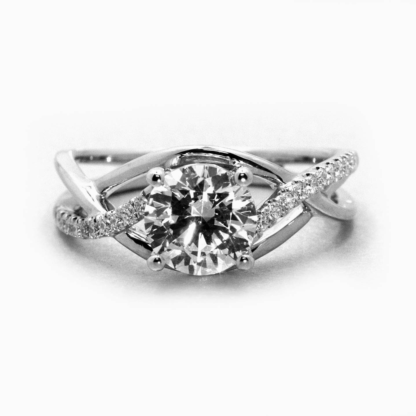center rings fingers your white accent home gold shop engagement with for designs ring diamond