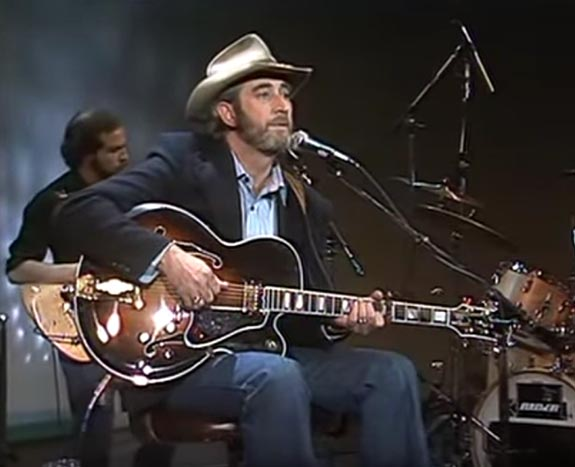 Music Friday: Don Williams Is in Love With the Girl Who